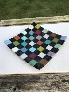 Maureen Cameron, Dish, fused glass mosaic, 20x20x0.6cm, NFS